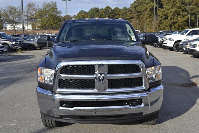 2018 Ram 3500 Crew Cab 4x4,  Pickup #JG393313 - photo 4