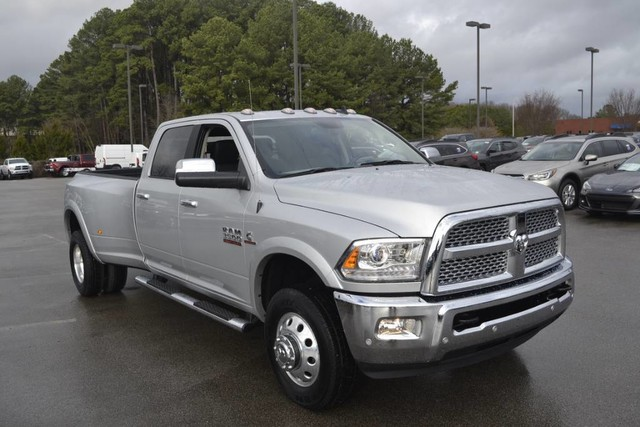 2018 Ram 3500 Crew Cab DRW 4x4,  Pickup #JG410527 - photo 3