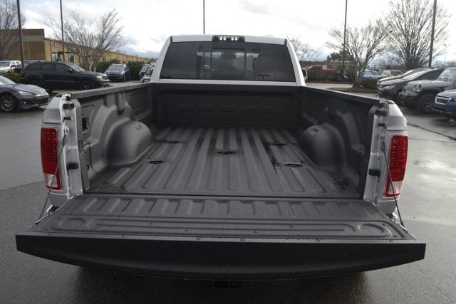 2018 Ram 3500 Crew Cab DRW 4x4,  Pickup #JG410527 - photo 7