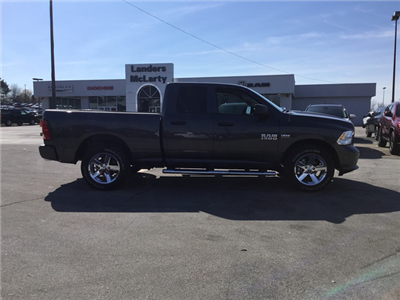 2018 Ram 1500 Quad Cab, Pickup #JS119614 - photo 5