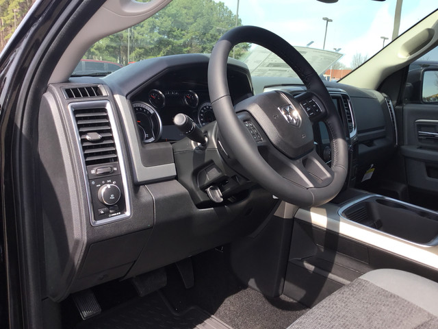 2018 Ram 1500 Crew Cab, Pickup #JS143709 - photo 6