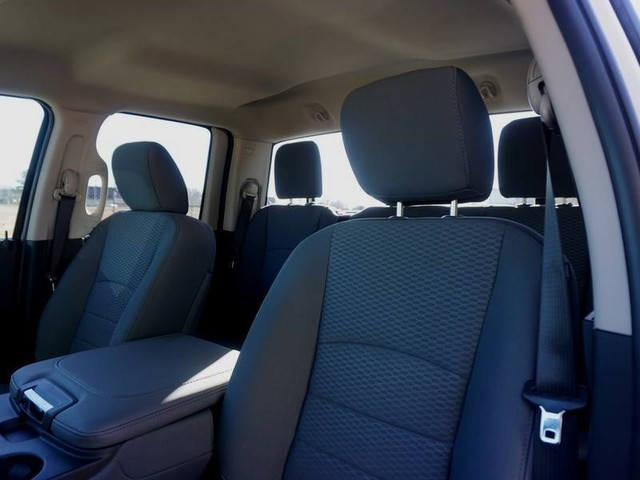 2018 Ram 1500 Quad Cab 4x2,  Pickup #JS149844 - photo 10