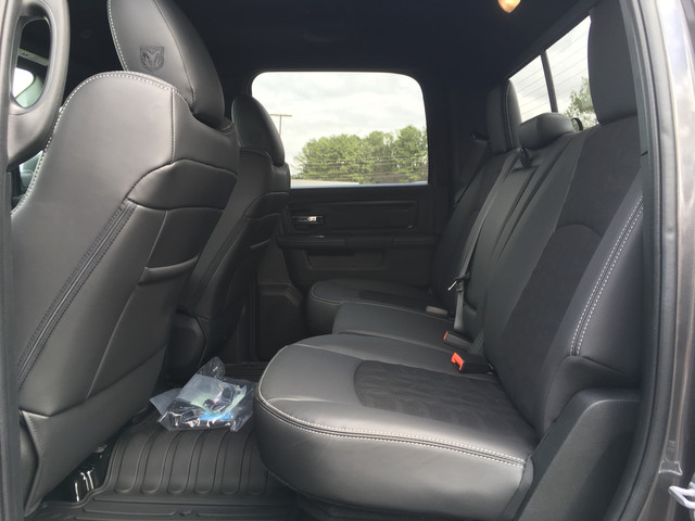 2018 Ram 1500 Crew Cab 4x4, Pickup #JS152716 - photo 10