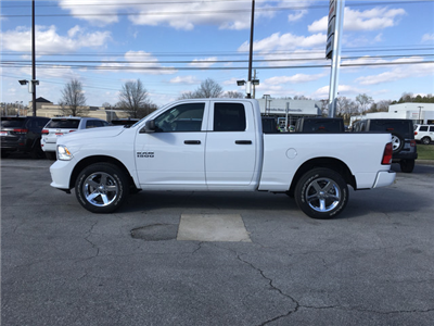 2018 Ram 1500 Quad Cab 4x4,  Pickup #JS158247 - photo 4
