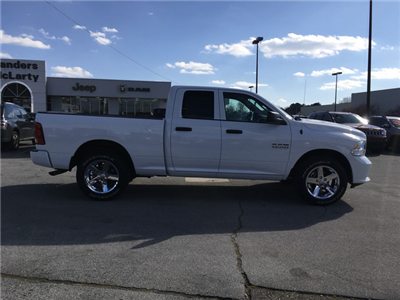 2018 Ram 1500 Quad Cab 4x4,  Pickup #JS158247 - photo 5