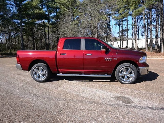 2018 Ram 1500 Crew Cab 4x4, Pickup #JS159065 - photo 5