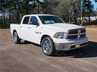 2018 Ram 1500 Crew Cab, Pickup #JS211477 - photo 3