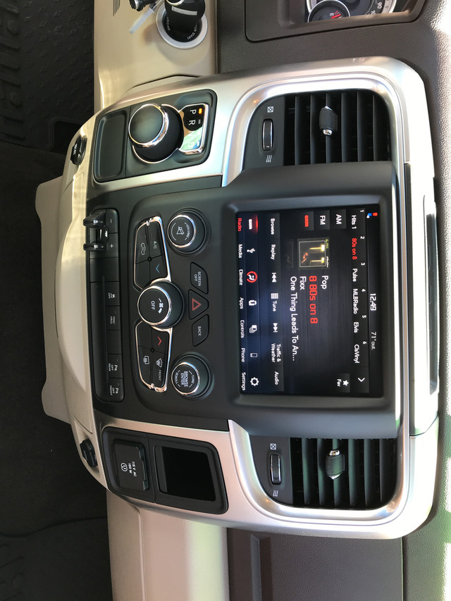 2018 Ram 1500 Crew Cab, Pickup #JS211485 - photo 17