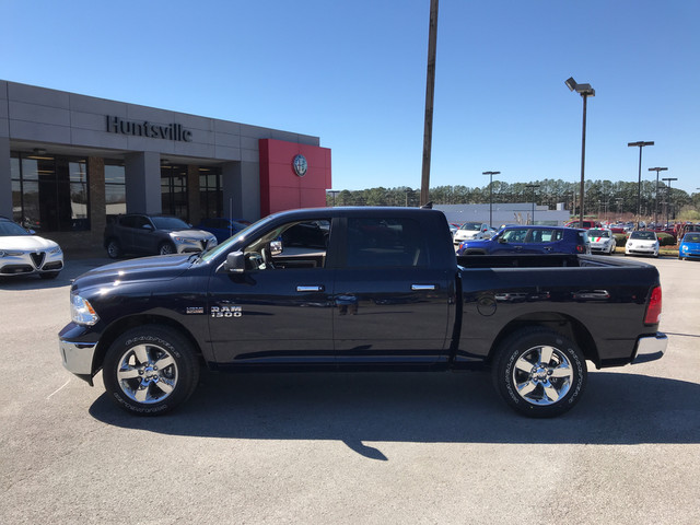 2018 Ram 1500 Crew Cab, Pickup #JS211485 - photo 5