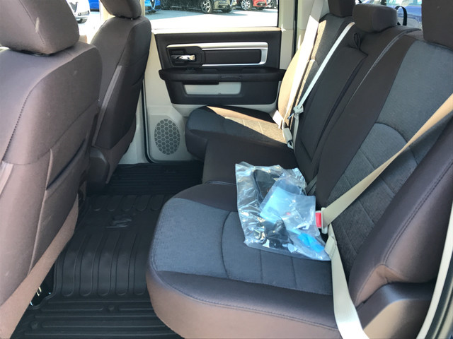 2018 Ram 1500 Crew Cab, Pickup #JS211485 - photo 8