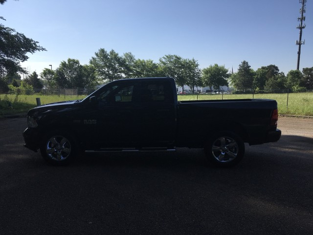 2018 Ram 1500 Quad Cab 4x4,  Pickup #JS302714 - photo 4