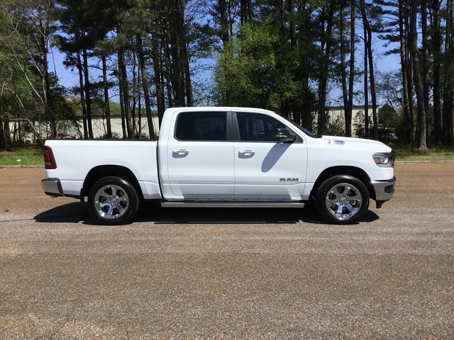 2019 Ram 1500 Crew Cab 4x2,  Pickup #KN508454 - photo 5