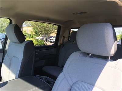 2019 Ram 1500 Crew Cab 4x2,  Pickup #KN534743 - photo 9