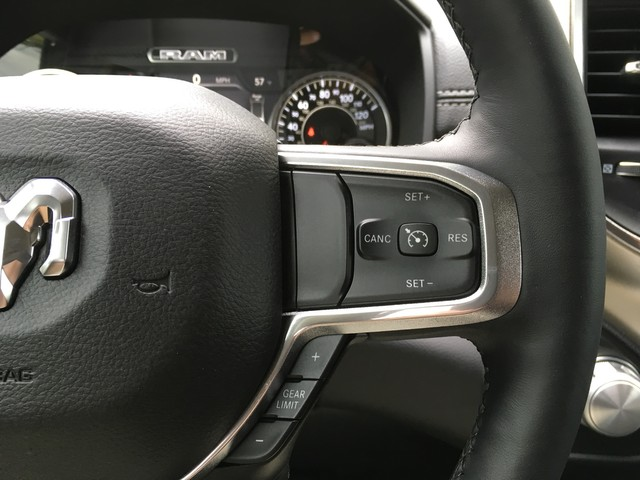 2019 Ram 1500 Crew Cab 4x4, Pickup #KN538836 - photo 14