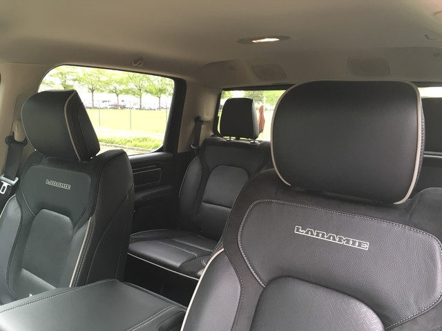 2019 Ram 1500 Crew Cab 4x4, Pickup #KN538836 - photo 9