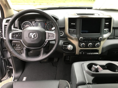 2019 Ram 1500 Crew Cab 4x4, Pickup #KN538836 - photo 11