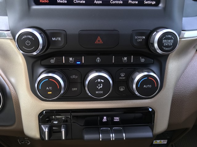 2019 Ram 1500 Crew Cab 4x4,  Pickup #KN538843 - photo 19