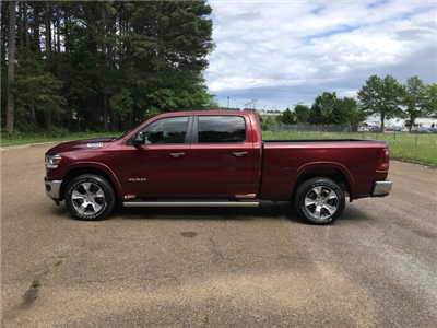 2019 Ram 1500 Crew Cab 4x4,  Pickup #KN538843 - photo 4