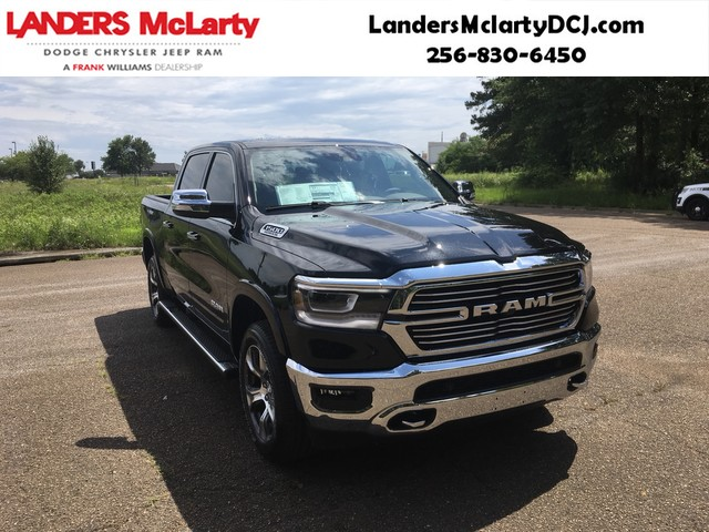 2019 Ram 1500 Crew Cab 4x4,  Pickup #KN549983 - photo 1