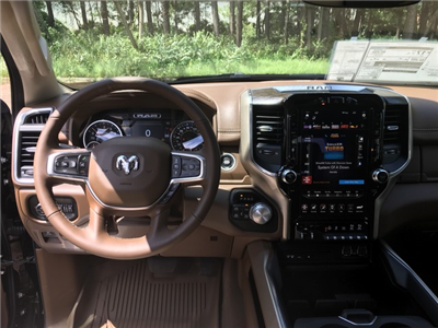 2019 Ram 1500 Crew Cab 4x4,  Pickup #KN549983 - photo 11