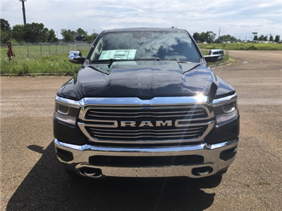 2019 Ram 1500 Crew Cab 4x4,  Pickup #KN549983 - photo 3