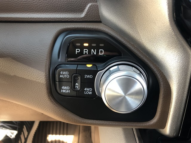 2019 Ram 1500 Crew Cab 4x4,  Pickup #KN549985 - photo 22