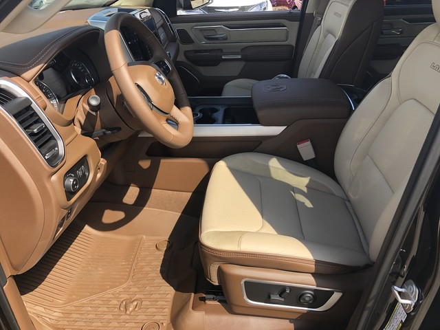 2019 Ram 1500 Crew Cab 4x4,  Pickup #KN549985 - photo 9