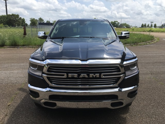 2019 Ram 1500 Crew Cab 4x4,  Pickup #KN555288 - photo 3