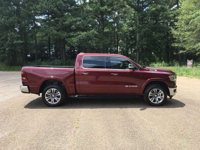 2019 Ram 1500 Crew Cab 4x2,  Pickup #KN558428 - photo 5