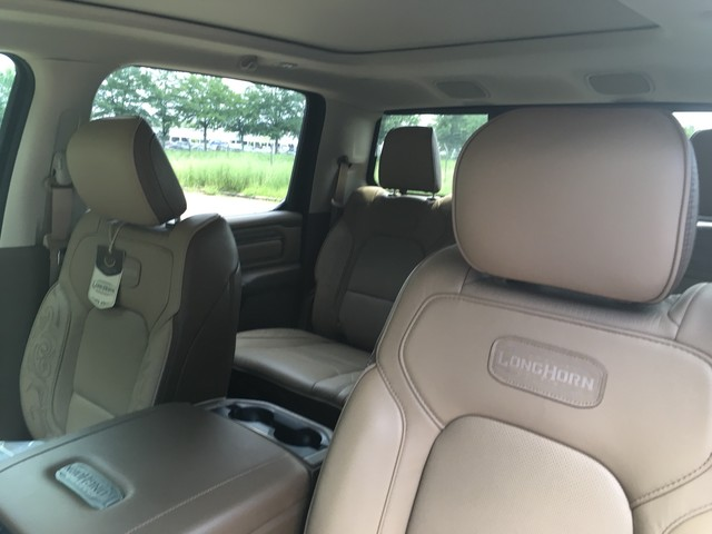 2019 Ram 1500 Crew Cab 4x2,  Pickup #KN558428 - photo 9