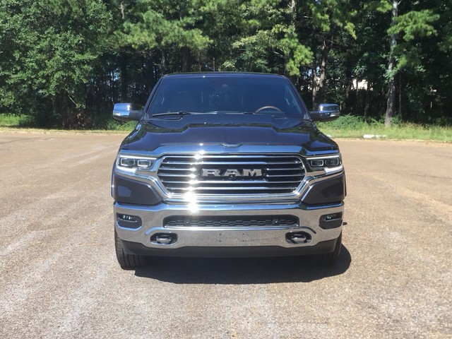 2019 Ram 1500 Crew Cab 4x2,  Pickup #KN558429 - photo 3