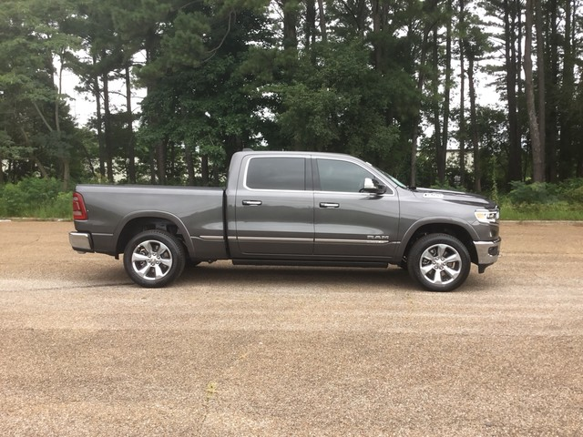 2019 Ram 1500 Crew Cab 4x4,  Pickup #KN561114 - photo 5