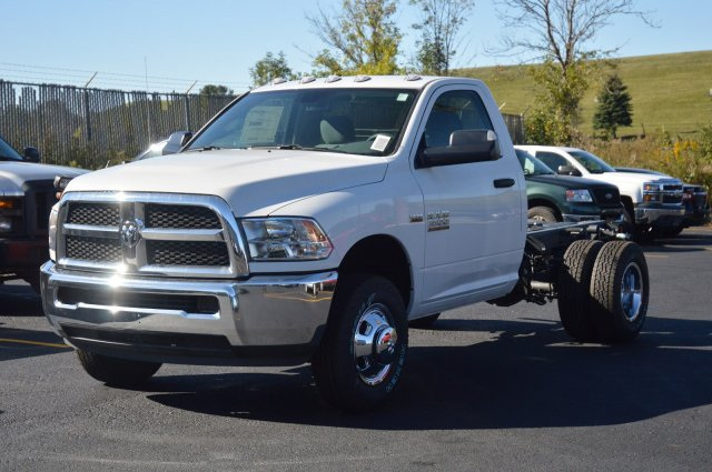 2018 Ram 3500 Regular Cab DRW 4x4 Cab Chassis #80128 - photo 1