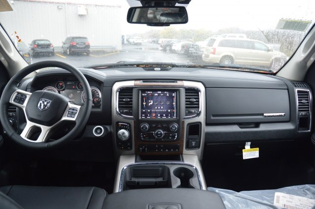 2018 Ram 1500 Crew Cab 4x4 Pickup #80158 - photo 14