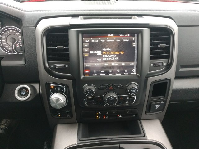 2018 Ram 1500 Crew Cab 4x4 Pickup #80313 - photo 12
