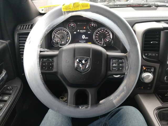 2018 Ram 1500 Crew Cab 4x4 Pickup #80313 - photo 7