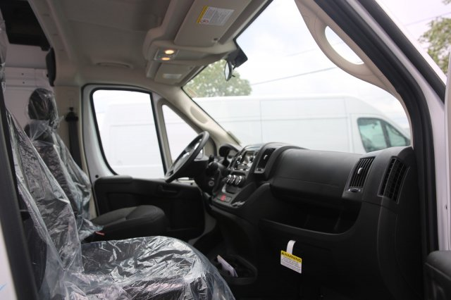 2018 ProMaster 2500 High Roof FWD,  Empty Cargo Van #81317 - photo 9