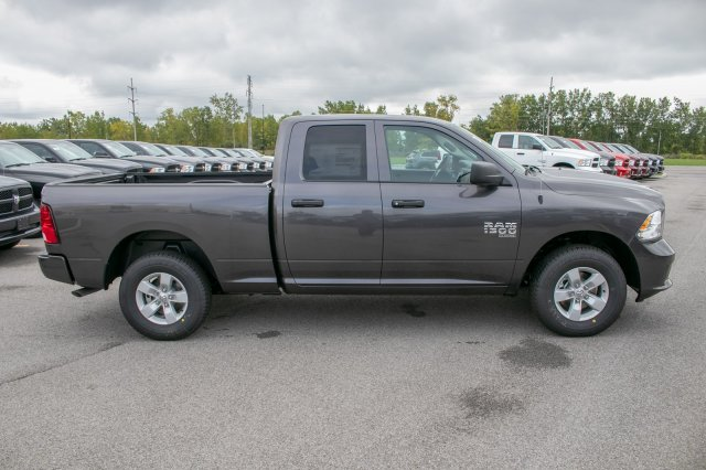 2019 Ram 1500 Quad Cab 4x4,  Pickup #90267 - photo 10