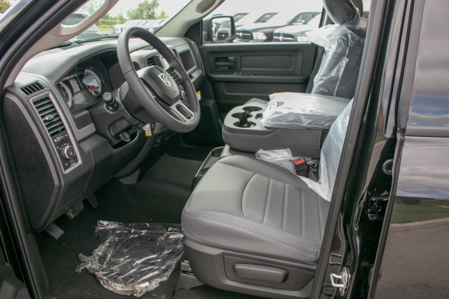 2019 Ram 1500 Crew Cab 4x4,  Pickup #90292 - photo 18