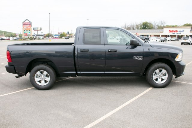 2019 Ram 1500 Quad Cab 4x4,  Pickup #90307 - photo 10