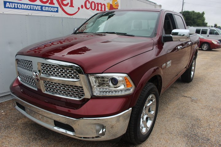 2017 Ram 1500 Crew Cab 4x4 Pickup #C17298 - photo 1