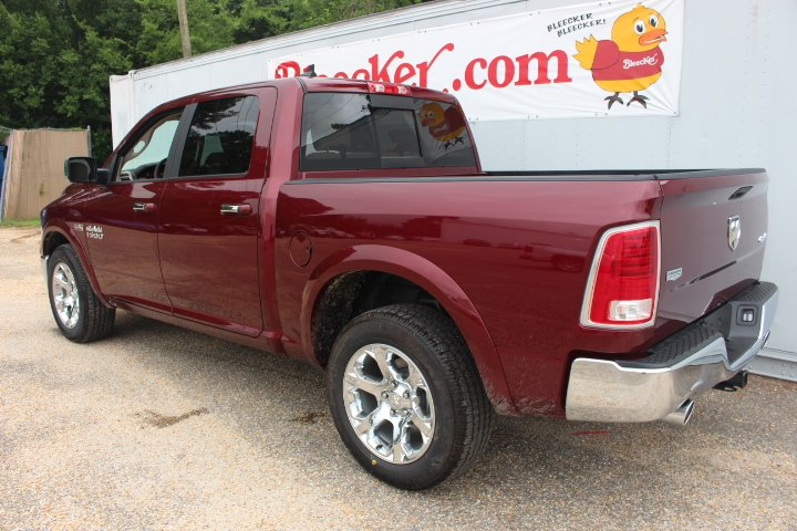 2017 Ram 1500 Crew Cab 4x4 Pickup #C17298 - photo 2
