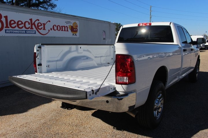 2018 Ram 3500 Crew Cab 4x4, Pickup #C18093 - photo 11