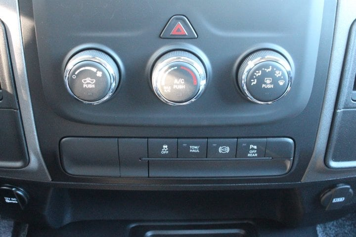 2018 Ram 3500 Crew Cab 4x4, Pickup #C18093 - photo 22