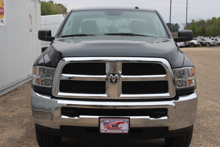 2018 Ram 2500 Crew Cab 4x4, Pickup #C18225 - photo 5
