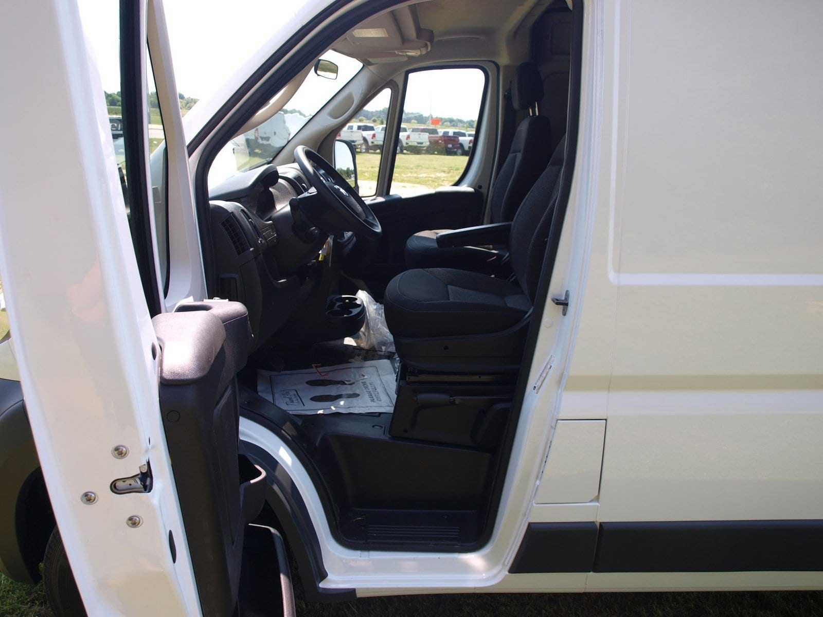 2018 ProMaster 1500 High Roof FWD,  Empty Cargo Van #C18315 - photo 13