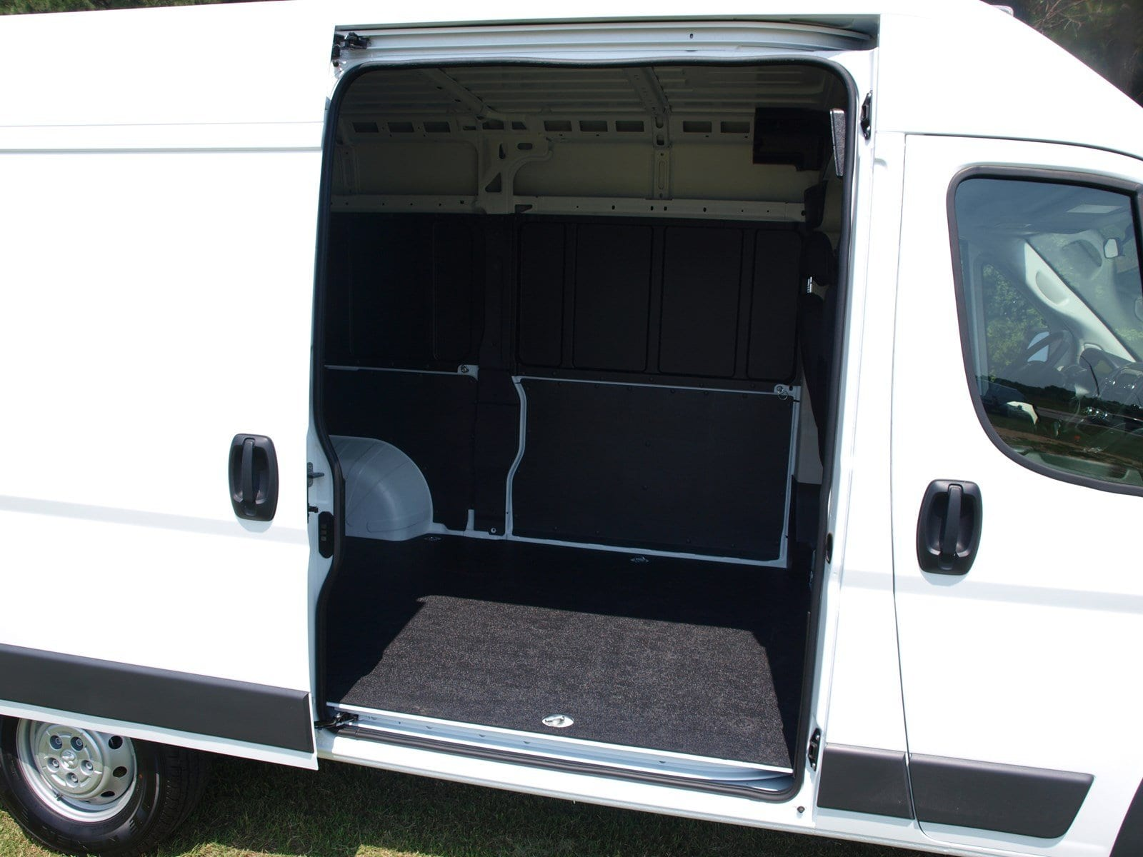 2018 ProMaster 1500 High Roof FWD,  Empty Cargo Van #C18315 - photo 15