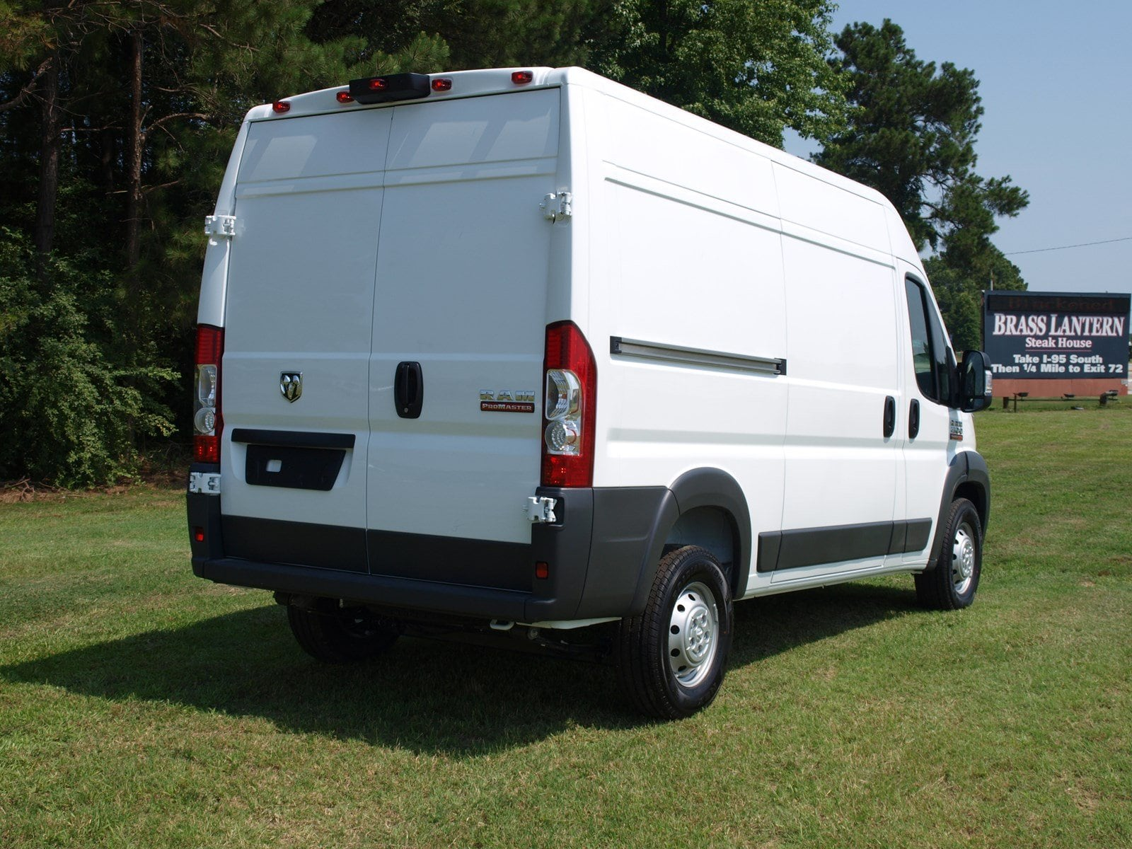 2018 ProMaster 1500 High Roof FWD,  Empty Cargo Van #C18315 - photo 9