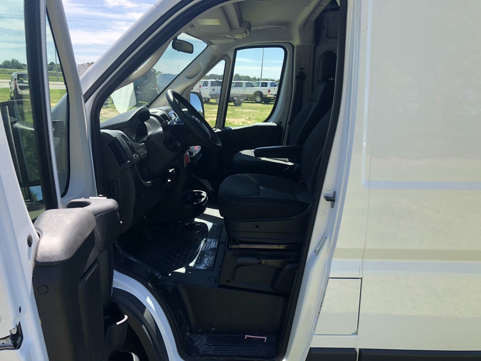 2018 ProMaster 1500 High Roof FWD,  Empty Cargo Van #C18336 - photo 16