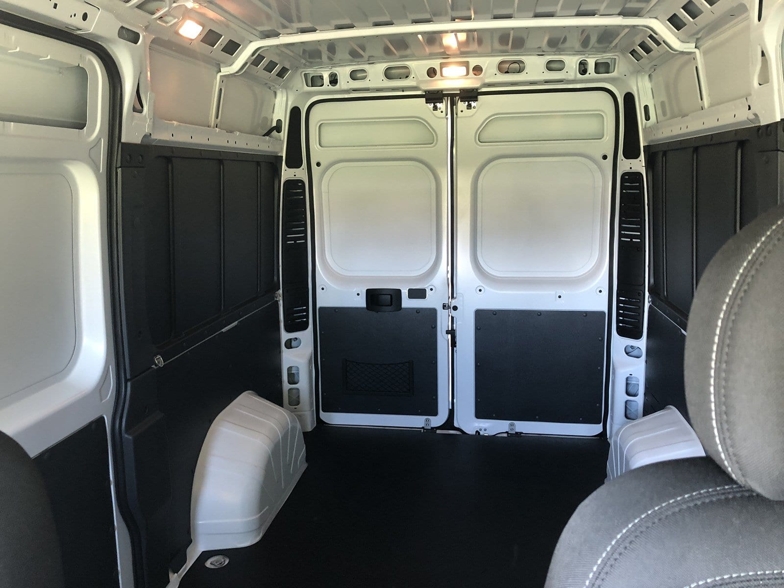 2018 ProMaster 1500 High Roof FWD,  Empty Cargo Van #C18336 - photo 22